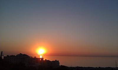 Нажмите на изображение для увеличения Название: Рассвет у Черного моря.jpg Просмотров: 145 Размер:116.8 Кб ID:147