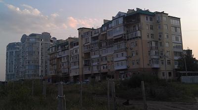 Нажмите на изображение для увеличения Название: Дома в Ильичевске.jpg Просмотров: 89 Размер:92.7 Кб ID:151
